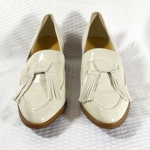 Marc Fisher Phylicia 2 Tassel Loafer